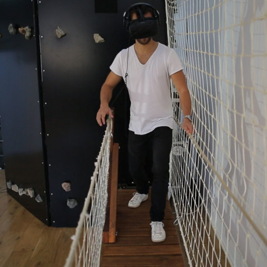 mur d'escalade en réalité virtuelle